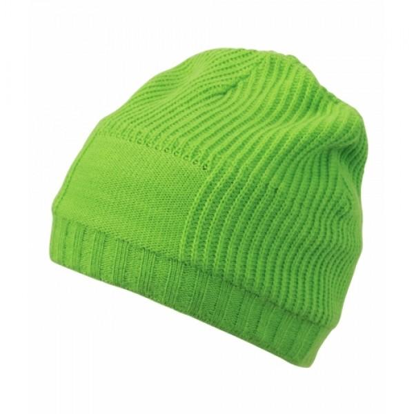 cap zöld nő találkozó)